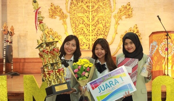 2017-12-06-master-KG-FEB UGM juara 1 Marketing Plan Competition 2017