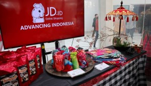 Tampilan Produk Indonesia dalam Physical Cross border Online Store JD.ID.(Foto: KBRI Beijing)