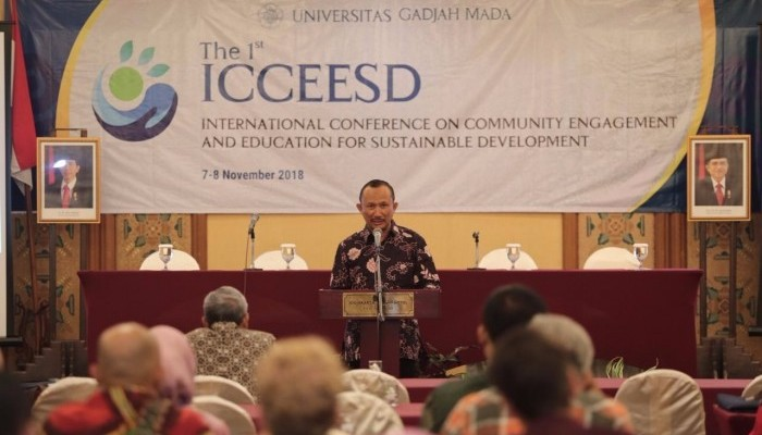 The 1st International Conference on Community Engagaement and Education for Sustainable Development .(Foto: Humas UGM)