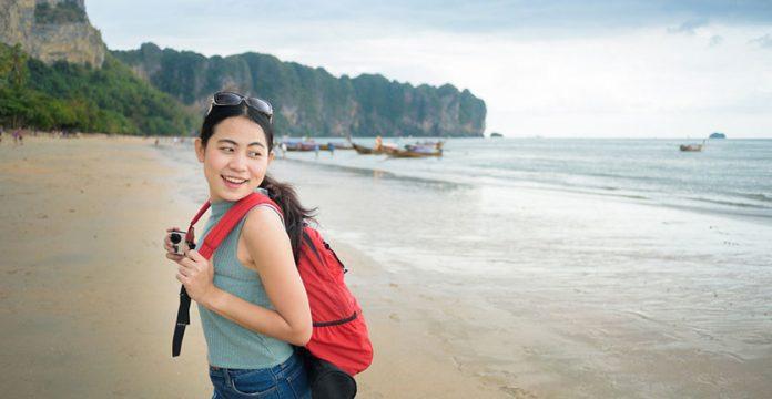 Travelling membuat anda banyak belajar.(Foto: blog.reservasi.com