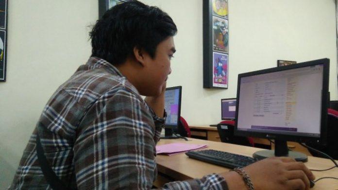 Meskipun tak bertatap muka, mengirim email kepada dosen juga ada etikanya. Foto: Tribun Jogja