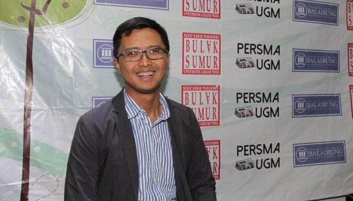 Alumnus Fakultas Filsafat UGM angkatan 1997, Ajar Edi, berkisah tentang perjalanan kariernya hingga jadi Direktur Microsoft Indonesia. Foto: Ist