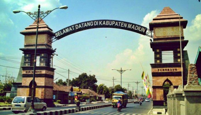 Perubahan nama Kabupaten Purabaya menjadi Madiun tidak lepas dari peran sang bupati wanita pertama, Raden Ayu Retno Dumilah. Foto: Javatravel