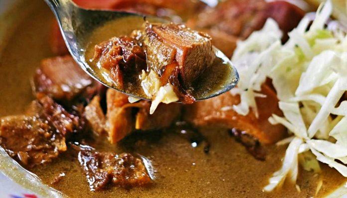 Tongseng Ayam Kampung Sudimoro berdiri sejak 1967. Foto: Jogjaempatroda