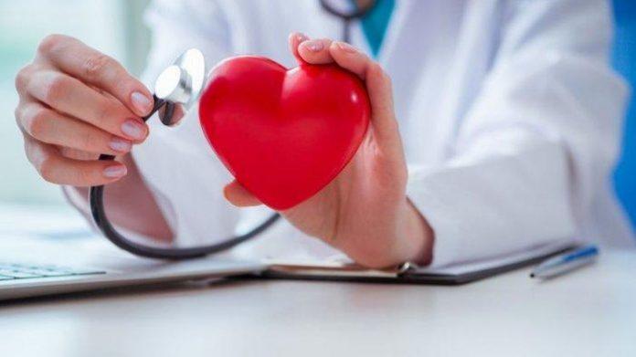 Ahli Gizi RSA UGM, Okta Haksaica Sulistiyo, S.Gz. memandang diet Mediterania dan diet pada hipertensi baik untuk menjaga kesehatan jantung. Foto: Kompas