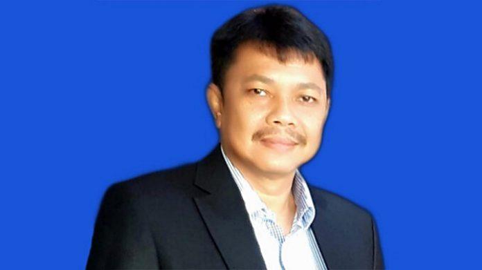 Ketua KAGAMA Riau periode 2021-2026, Ir. Emri Juli Harnis, MT, Ph.D., memohon dukungan dari semua anggota KAGAMA Riau untuk bekerja bersama dalam melaksanakan program kerja yang telah diputuskan dalam Musda (Musyawarah Daerah). Foto: Ist