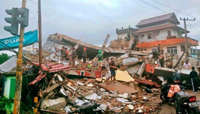 Disaster Response Unit (DERU) Universitas Gadjah Mada mengirim bantuan untuk korban bencana di tiga lokasi. Foto: DERU UGM
